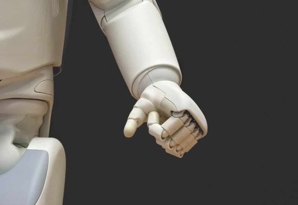 There's a battle between EI and AI in the Workplace, and EI is winning | Blog Post | EI Experience